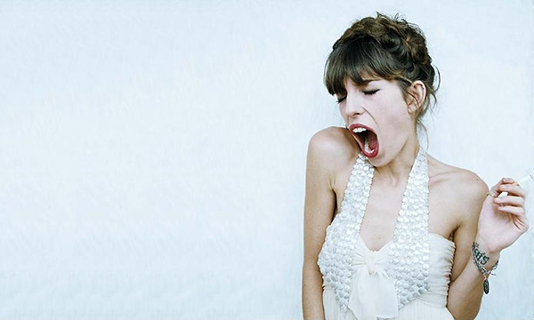 Lou-Doillon-yawning-a-cigarette-in-her-hand-tumblr_mduwv0ttJL1qcsry5o1_1280-2